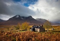 pagewoman: Shenevall bothy, Fisherfield Munros ,Wester...