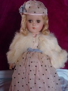 ARRANBEE (R&B) VINTAGE COMPOSITION NANCY LEE GATSBY DOLL IN GOWN WITH FUR STOLE!