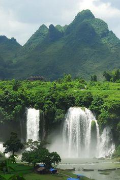 Ban Gioc Waterfall, Vietnam