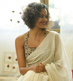 35 Gorgeous Kerala Saree Blouse Designs to try this year Saree Styles, Blouse Styles, Kasavu Saree, Onam Saree, Kerala Saree Blouse Designs, Set Saree, Saree Jackets, Choli Designs, Designer Blouse Patterns
