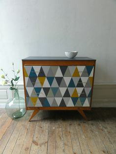 Id es customisation meubles on pinterest dressers commode vintage and vintage - Commode bibliotheque meuble ...