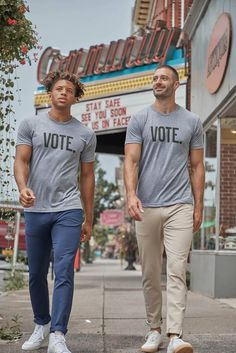 Fourlaps, Premium Men's Apparel Brand, Launches a Limited-Edition Vote T-shirt Benefitting Headcount - Style Files