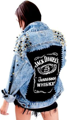 42 Beautiful Denim Jacket To Try Right Now, Put money into an authentic leather jacket and you'll have a jacket that lasts a lifetime. The jacket is created from 21 oz. The leather jacket has ch. Fashion Mode, Denim Fashion, Denim Art, Denim Look, Painted Clothes, Mode Boho, Diy Clothes, My Style, How To Wear