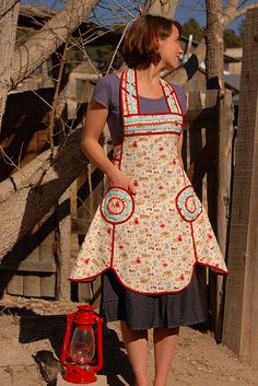 apron pattern. you can even look cute in the kitchen
