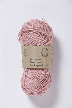 Wonderful pink yarn in 100% cotton. Machine washable at 40 degrees