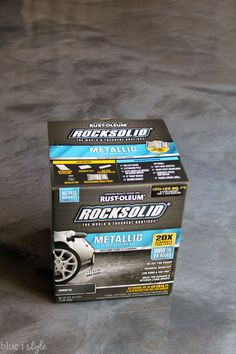 How to Apply RockSolid Metallic Garage Floor Finish DIY metallic garage floor finish - gorgeous, functional, and more durable than paint or epoxy. Get all the how to details and a photo tutorial. Garage Floor Finishes, Garage Floor Coatings, Garage Floor Paint, Rustoleum Garage Floor Epoxy, Apoxy Garage Floor, Garage Paint Ideas, Garage Epoxy, Wood Concrete, Concrete Garages