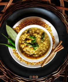 Top Meal Ideas with Luchi - Bengali Cholar Dal with Luchi Vegan Lentil Recipes, Vegetarian Recipes Easy, Healthy Meals, Vegan Vegetarian, Healthy Recipes, Recipe Using Lentils, Top Recipes, Dinner Recipes, Easy Indian Recipes