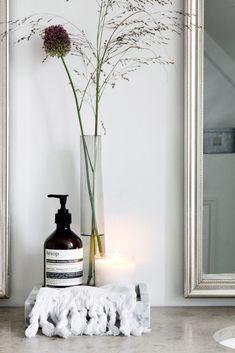 The Beautiful Home of Danish Interior Stylist Cille Grut - Nordic Design Contemporary Bathroom Designs, Contemporary Interior, Beautiful Space, Beautiful Homes, Danish Interior, Beautiful Houses Interior, Interior Stylist, Nordic Design, Scandinavian Design