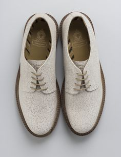 Buy Now: http://www.baselondon.com/sinclair-scotch-grain-white Base London shoes. White Brogues. Sinclair Scotch Grain. SS16. Mens Shoes. mens Fashion.