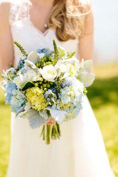 Blue hydrangea and white rose wedding bouquet: Photography: Zac Wolf Photography - zacxwolf.com