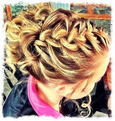 French Braid & Bun - Hairstyles and Beauty Tips