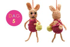 The week before the Easter holidays the one and only Yarnplaza Easter CAL will start! Decorate your Easter tree with the free cute little crochet patterns! Holiday Crochet, Easter Crochet, Crochet Bunny, Free Crochet, Knit Crochet, Easter Tree, Easter Bunny, Easter Holidays, Crochet Necklace