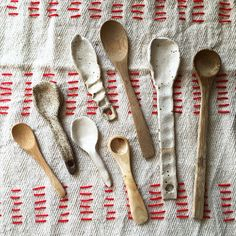 New clay spoons I have made recently together with wooden spoons that fit well together with my rustic cups :). #pollipots #spoons #new