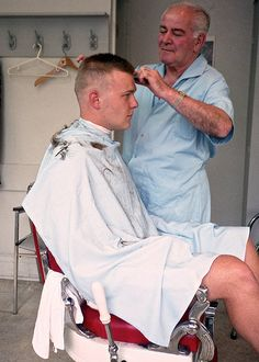 Brush cut, Toronto 1989 | Philip's Barber Shop, Lippincott S… | Flickr