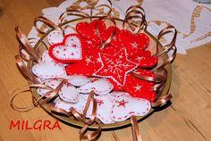 MILGRA - pracownia rękodzieła: Serca na choinkę - filcowe love :)