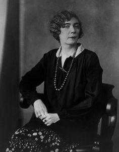 Nora Joyce (1884 - 1951), born Nora Barnacle, the wife of Irish novelist James Joyce, 1926-27. (Photo by Berenice Abbott/Getty Images)