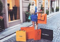 The Luxury European Shopping Tour - Citizen Femme Shopping Meme, Girls Shopping, Shopping Spree, Shopping Deals, Luxury Lifestyle Fashion, Luxury Fashion, Fashion 2015, St Honoré, Shop Till You Drop