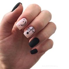 Best 50 Nail Art That You Should Try In We have compiled a listing of a number of the foremost Happy Nails, Fun Nails, Jewelry Store Design, Nail Drawing, Nails First, Classic Nails, Super Nails, Stylish Nails, Cool Nail Art