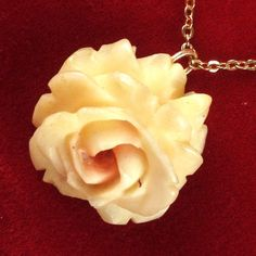 I'm auctioning 'Vintage Genuine Ivory Pink Rose Necklace' on #tophatter
