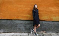 Black dress // Daywear black dress // Knee length cotton dress Warm Dresses, Cotton Dresses, Knee Length Dresses, High Neck Dress, Trending Outfits, Black, Fashion, Turtleneck Dress, Moda