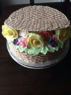 Basket weave cake – Cake by CandyCakes – Lace Wedding Cake Ideas Basket Weave Cake, Cake Basket, Pretty Cakes, Beautiful Cakes, Amazing Cakes, Fondant Cakes, Cupcake Cakes, Cupcakes, Flower Pot Cake