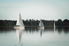 """""""Kalas/Fixa med båten lördag""""#båt#boat#boats#bottensjön#vatten#water#photo#foto#spring#vår#lördag#saturday#saturdaywork#segelbåt#segelbåtar#sailboat#motorbåt#flipper620#sverige#sweden by ylvaagesjo"""