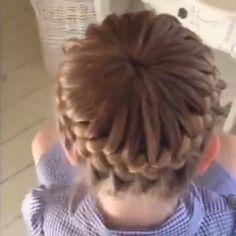 hipgirlclipsHair DIY tutorial. By@sweethearts_hair_design #diyhair #tutorial #tutorials #hairstyle #instructions #instruction #diy #fishtailbraid #diyideas #diyproject #doityourself #idea #ideas #pretty #dutchbraid #stylish #style #instahair #fishtail #tutoriales #diyfashion #hair #braid #ponytail#braids#pictorial #bun #hairbow#frenchbraid#longhair