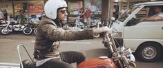 Throttle Roll 2014. Throttle Roll 2014 was an incredible hit with motorcycle enthusiasts as well as followers of rockabilly culture. A 2 day...