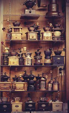 www.2uidea.com/… www.phomz.com/… Coffee grinders | by nackorris