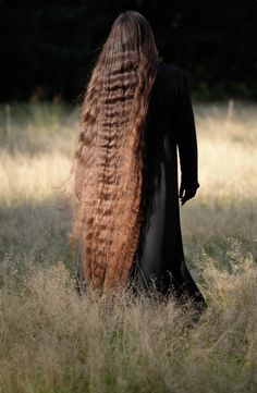 Long Wavy Hair, Long Locks, Beautiful Long Hair, Gorgeous Hair, Down Hairstyles, Braided Hairstyles, Really Long Hair, Shoulder Length Hair, Layered Cuts