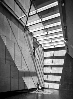 Canadian War Museum.