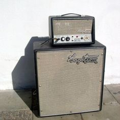 Vintage Bass, Vintage Guitars, Bass Amps, Bass Guitars, Guitar Amp, Tweed, Cool Stuff, Amazing, Guitar