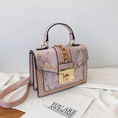 Luxury Handbags Women Bags Designer Rivet crossbody bags for women 2019 Fashion Small Messenger Shoulder bag ladies Hand Bag Red – Purses And Handbags Totes Luxury Purses, Luxury Bags, Luxury Handbags, Fashion Handbags, Designer Handbags, Designer Bags, Canvas Handbags, Tote Handbags, Purses And Handbags