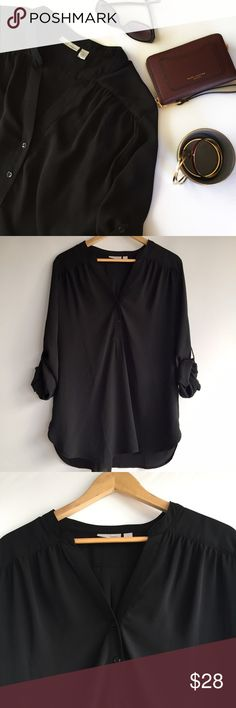 "Nordstrom • Tunic Top with 3/4 Sleeves Figure flattering Tunic Top features roll up sleeves + button tab, a two button v-neck + rounded hem line, made of 100% Polyester the fabric is light + airy but not see thru. Measures approx 30"" from shoulder to hem + is slightly longer in the back. In pre-loved like New Condition, no flaws. Pair with your favorite skinny jeans + flats for an effortless polished look. Brand is Halogen purchased at Nordstrom.   (Last photo for style inspiration only)…"