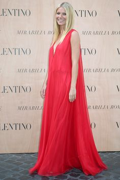 Gwyneth Paltrow wearing Valentino - Valentino 'Mirabilia Romae' Haute Couture Fall 2015 Front Row - July 9, 2015