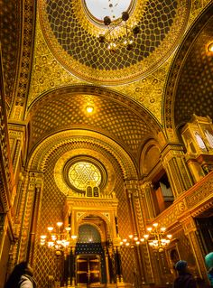 Spanish Synagogue, Prague, Czech Republic - Travel Past 50