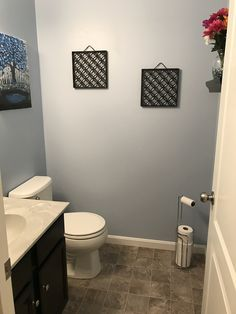 Best Paint Color For Small Bathroom With No Window