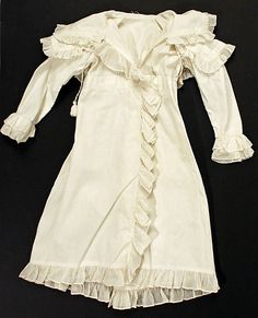Coat (Pelisse).  Date: ca. 1817. Culture: British (probably). Medium: cotton. Dimensions: Length at CB: 35 in. (88.9 cm).