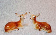 Vintage Deer Salt and Pepper Shakers // Reindeer Salt and Pepper Shakers by BeanzVintiques on Etsy