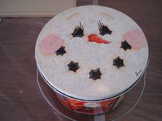 This is another hand painted lid for a can that can be filled with goodies to give at Christmastime