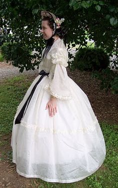 Adventures of a Costumer: 1860s Details on sheer dress and horsehair bonnet