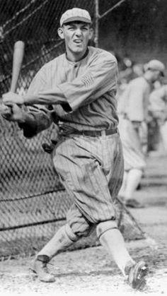 Buck Weaver in Chicago Mlb Players, Baseball Players, Baseball Cards, Pro Baseball, Baseball Stuff, Baseball Classic, White Sox Baseball, Black Sox Scandal, Baseball Painting