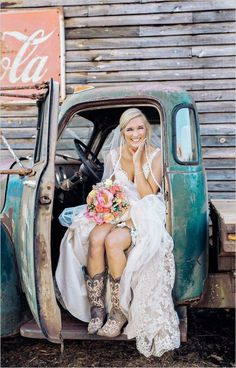 rustic bride and cowboy boots / http://www.deerpearlflowers.com/cowgirl-boots-fall-wedding-ideas/