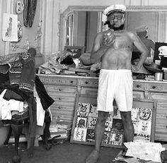 Pablo Picasso disguises himself as Popeye