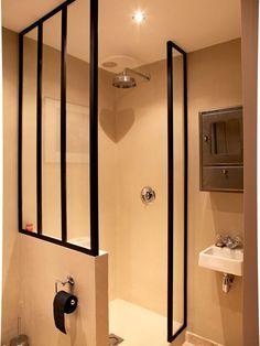 Paroi de douche verrière