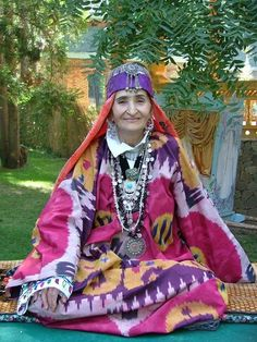 Tribal silver jewellery and silk ikat dress from Tadjikistan Folk Costume, Central Asia, Kazakhstan, World Cultures, People Around The World, Mongolia, Traditional Dresses, Ikat, Girls