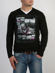 PACO & CO - Μπλούζα με δίχρωμο V-neck και τύπωμα εμπρός. Graphic Sweatshirt, T Shirt, Sweatshirts, Long Sleeve, Sleeves, Sweaters, Mens Tops, Style, Fashion