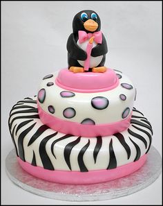 animal print penguin cake So want this for my birthday! Just Cakes, Cakes And More, Birthday Cake Girls, Happy Birthday, Sweet Recipes, Cake Recipes, Tooth Cake, Penguin Cakes, Cupcake Cakes