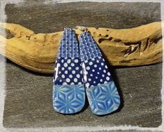 Essais Cyanotype... - Les Ethiopiques - Hélène Jeanclaude Polymer Clay Canes, Polymer Clay Earrings, Cyanotype, Resin Jewelry, Inventions, Clay Clay, Beads, Pattern, Inspiration
