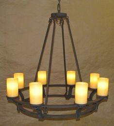C106 – Roxberry chandelier « Laura Lee Design